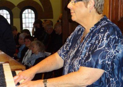 Margriet den Hartog 50 jaar organist en Koninklijk onderscheiden
